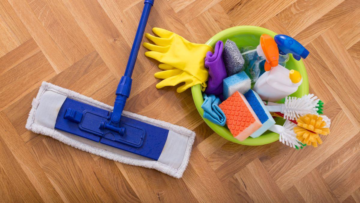 wood floors cleaners